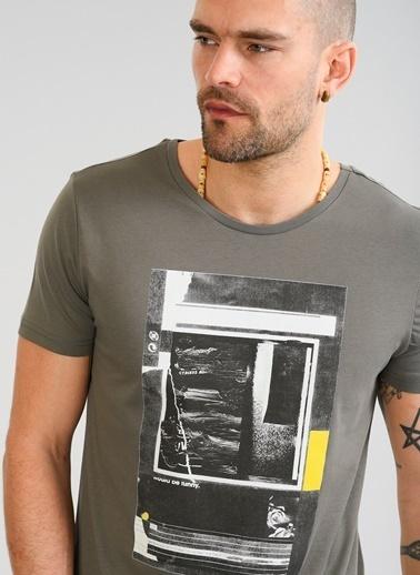 People By Fabrika Baskılı Tişört Haki